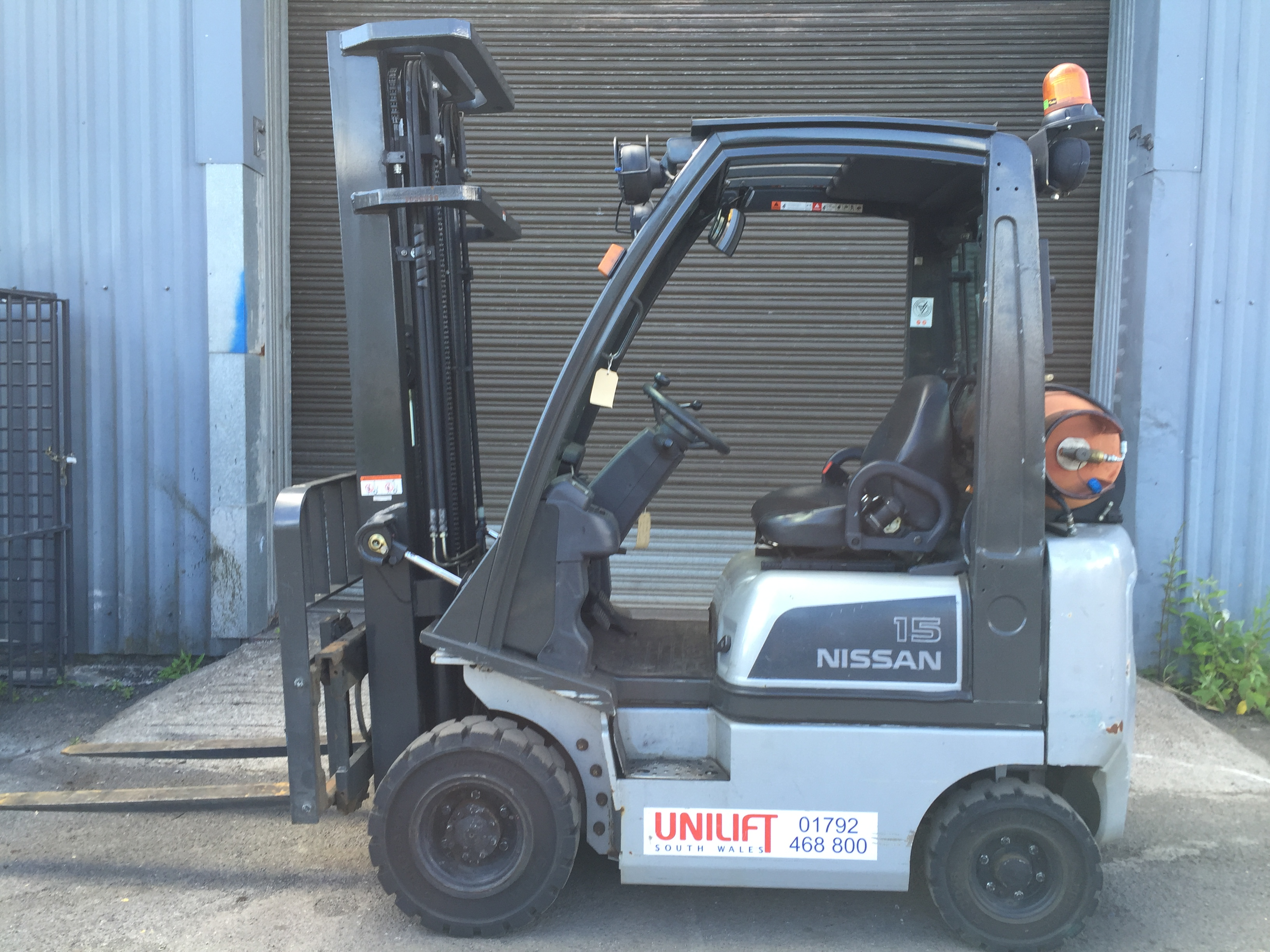 Nissan ud02 a15pq used forklift LPG