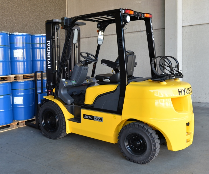 Hyundai 30L-7A LPG counterbalance new forklift truck