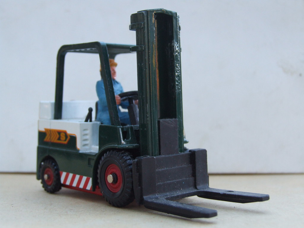 When do you need to replace your forklift